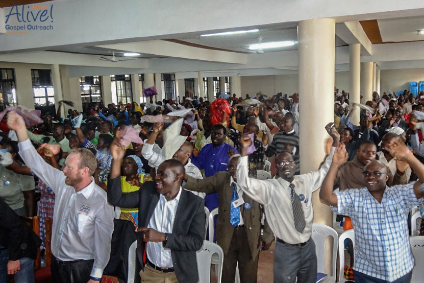 PASTORS-CONFERENCE-2019-KENYA-WED-18---PRAISE-TIME-DURING-THE-CONFERENCE-MF